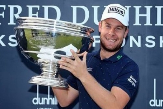 What's in The Bag – Tyrrell Hatton